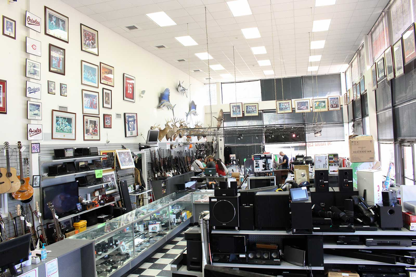 About us pee wee 39 s pawn for Jewelry pawn shops birmingham al